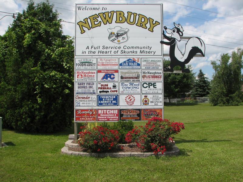 Newbury Town Sign